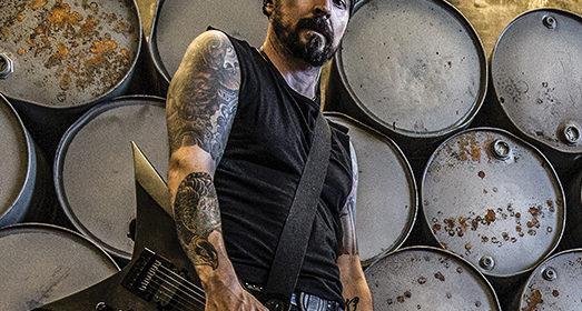 Tambour du Bronx & Solar Guitars :  même combat!