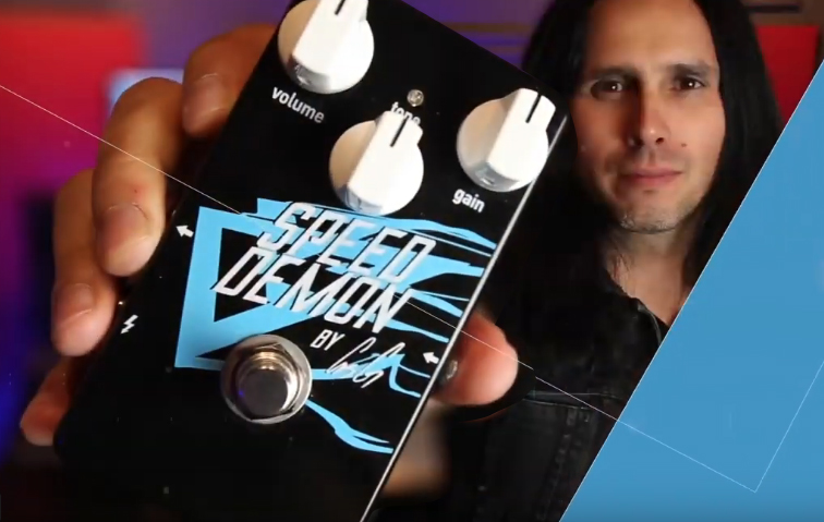 Gus G. balance l'overdrive Speed Demon