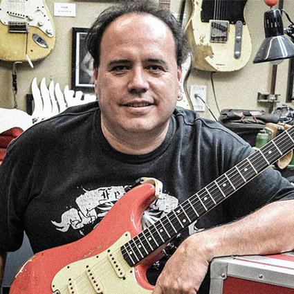 John Cruz limogé du Custom Shop Fender